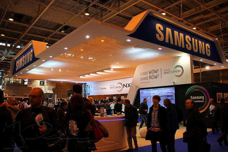 reportage 2012 france paris salon de la photo hall expo exposant stand Canon Samsung