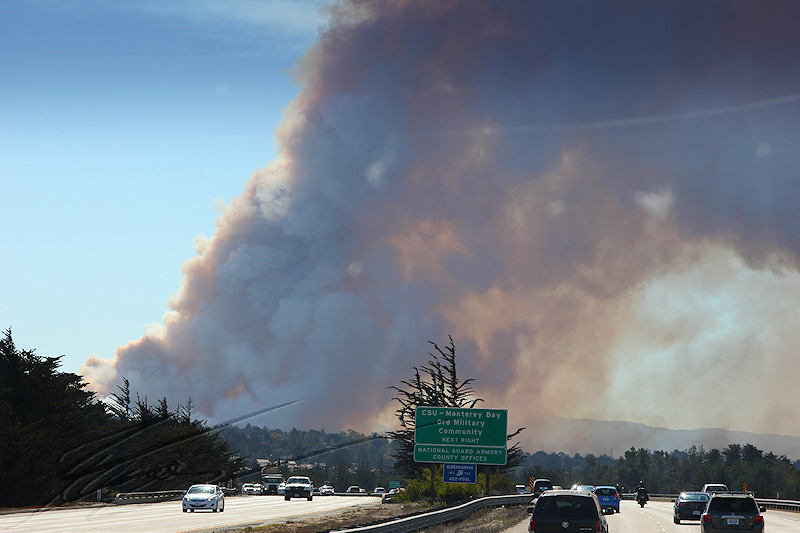 reportage 2013 usa USA Amérique america murika US californie carmel monterey 17 miles drive road route incendie fire in the hole smoke fumée orange nuage cloud