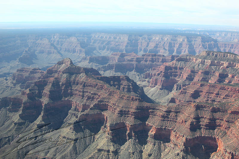 reportage 2013 usa USA Amérique america murika US arizona co-pilote flight officer plane avion grand canyon visite aérienne rock roche rouge sédimentation érosion fer iron red orange grise jaune feu soleil chaleur lumière