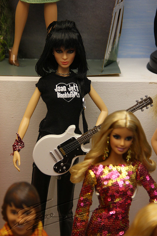 reportage 2014 république tchèque tchéquie czech prague praha cz ville Pražský hrad château musée du jouet toy Steiger Muzeum hraček poupée doll mannequin mattel Barbie mode petite fille Joan Jett and the Blackhearts I love Rock'n Roll