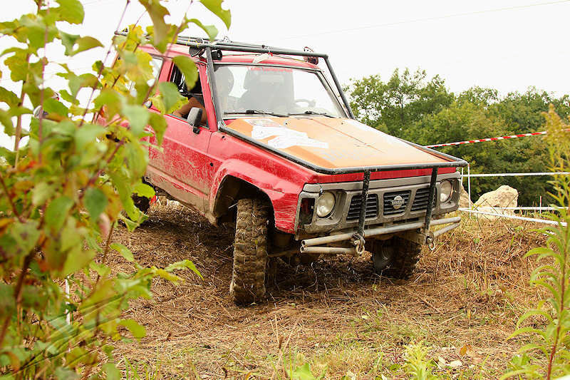 reportage 2014 finale trial 4x4 pers jussy france nationnal serie super serie proto voiture car boue terrain mud outdoor jaegermaster rouge red nissan