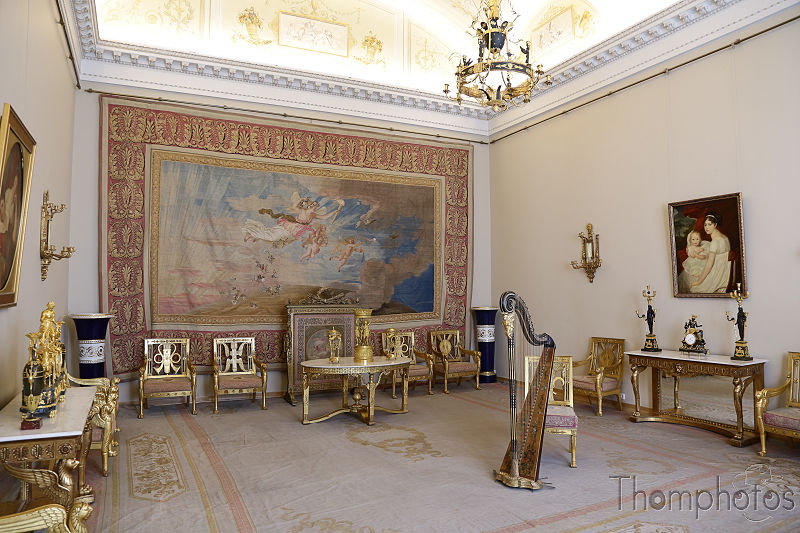 reportage photo 2018 russie saint petersbourg petrograd hermitage palais d'hiver winter palace déco roccoco dorure or gold luxury appartement personnels pièce room tsarine