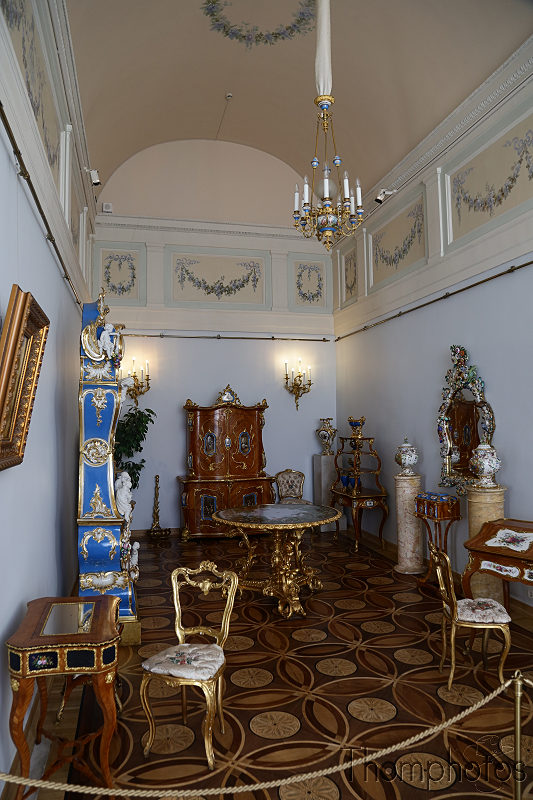 reportage photo 2018 russie saint petersbourg petrograd hermitage palais d'hiver winter palace déco roccoco dorure or gold luxury appartement personnels pièce room chambre tsarine