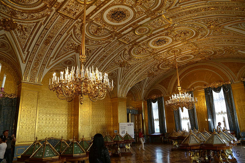 reportage photo 2018 russie saint petersbourg petrograd hermitage palais d'hiver winter palace déco roccoco dorure or gold luxury pièce room salle
